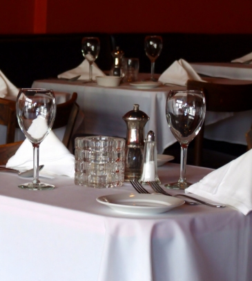 Restaurant_table